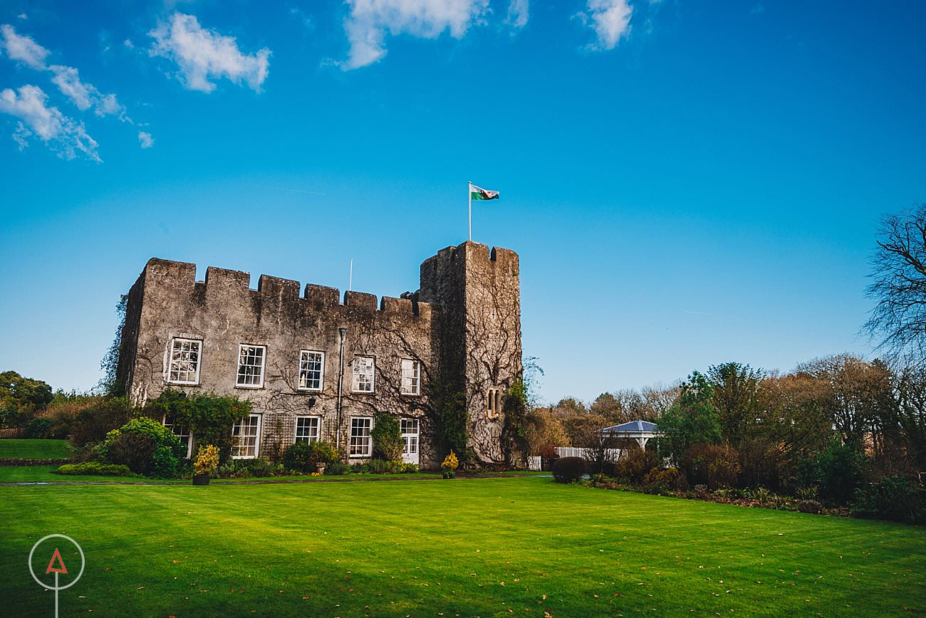fonmon-castle-wedding-photographer-Cardiff_0101