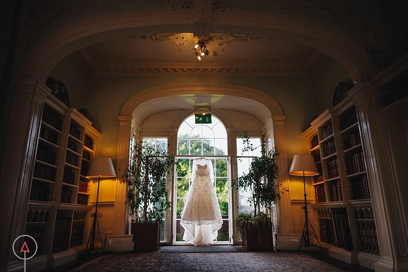 fonmon-castle-wedding-photographer-Cardiff_0102