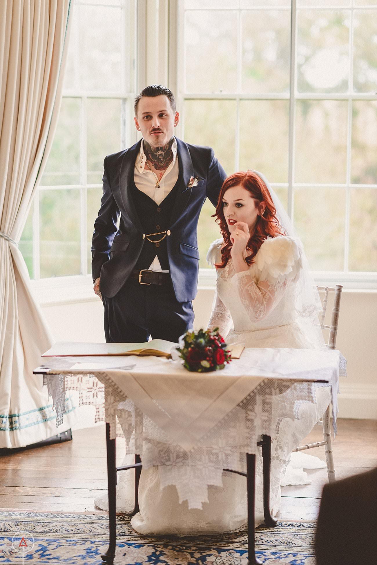 fonmon-castle-wedding-photographer-Cardiff_0161
