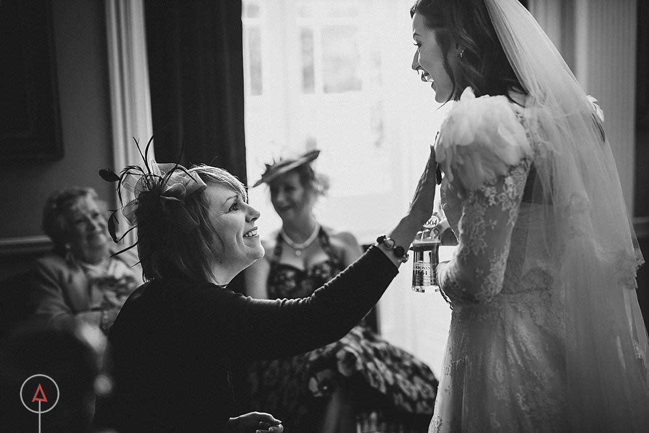 fonmon-castle-wedding-photographer-Cardiff_0195