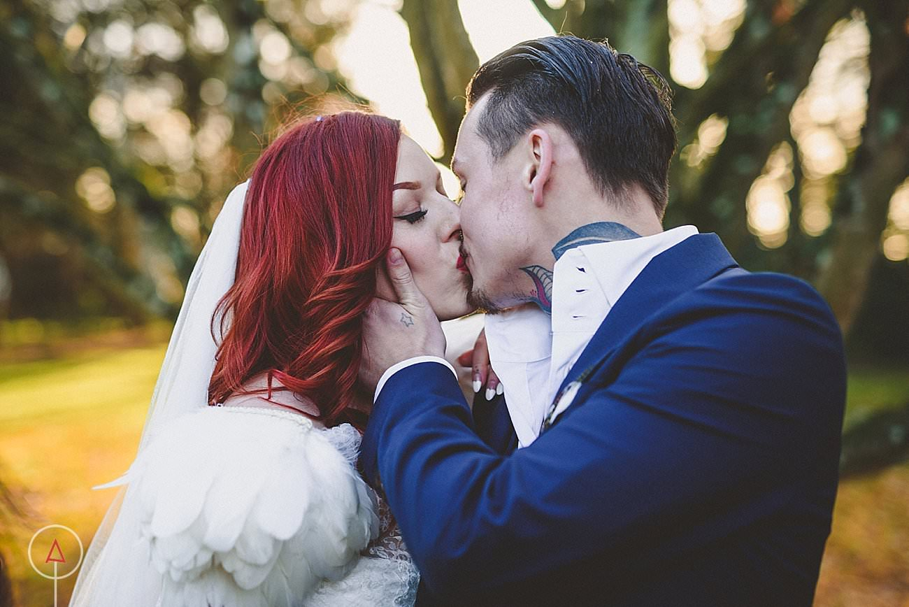 fonmon-castle-wedding-photographer-Cardiff_0226
