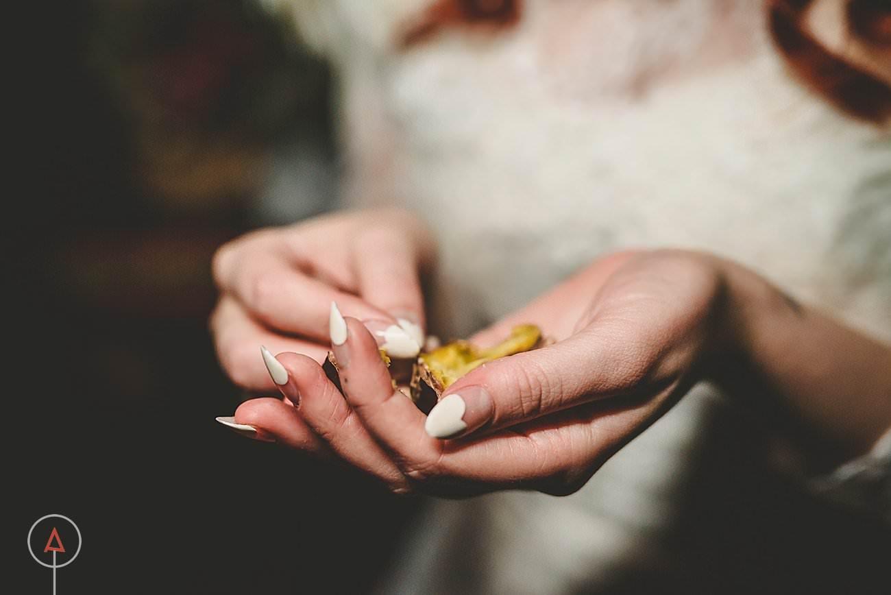 fonmon-castle-wedding-photographer-Cardiff_0302