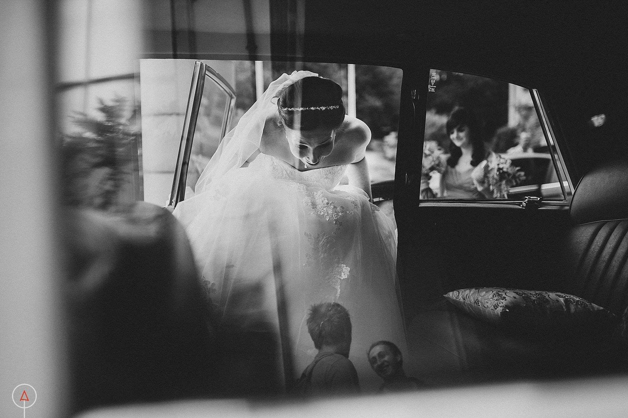st-donats-llantwit-major-wedding-photography_0015