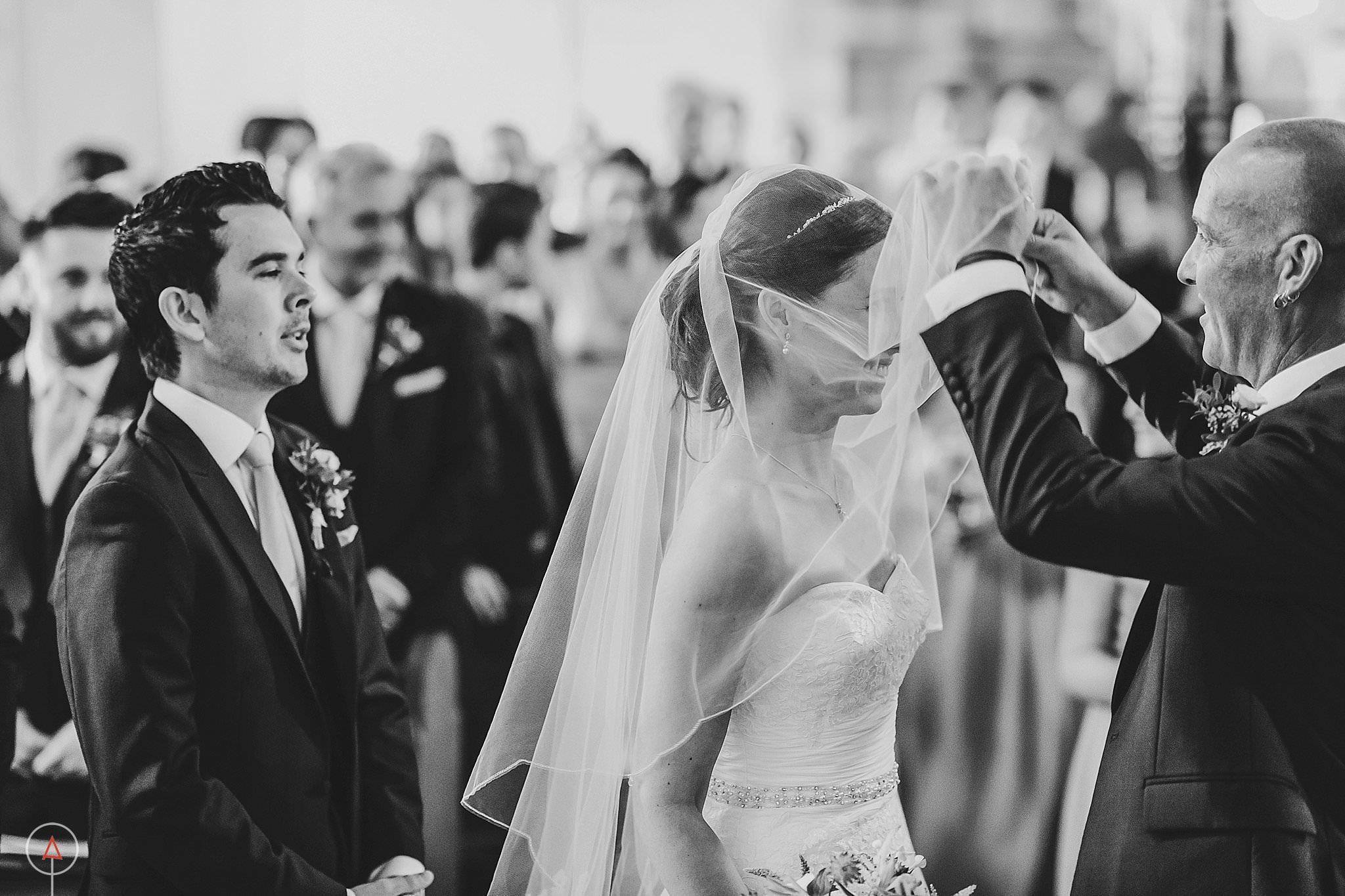 st-donats-llantwit-major-wedding-photography_0028