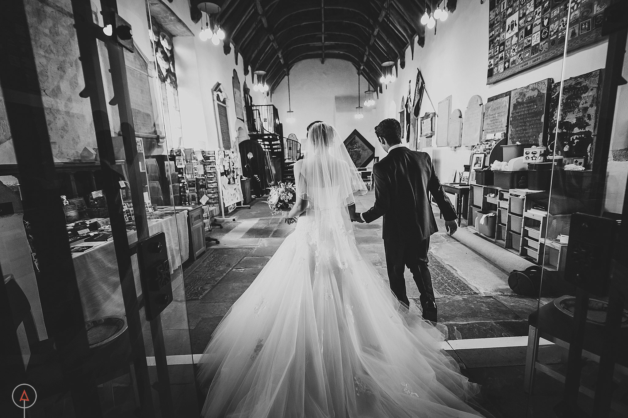 st-donats-llantwit-major-wedding-photography_0037