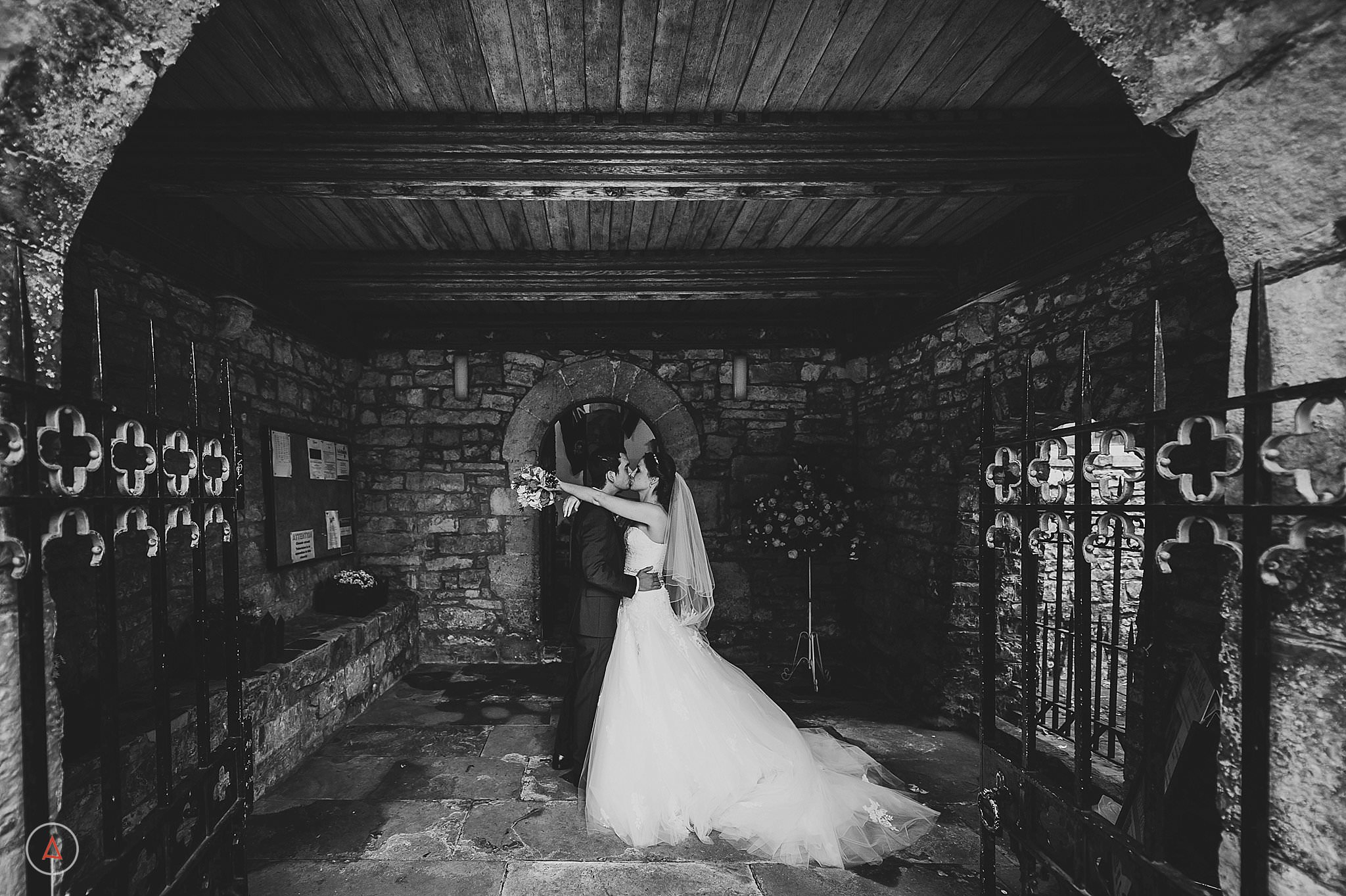 st-donats-llantwit-major-wedding-photography_0038