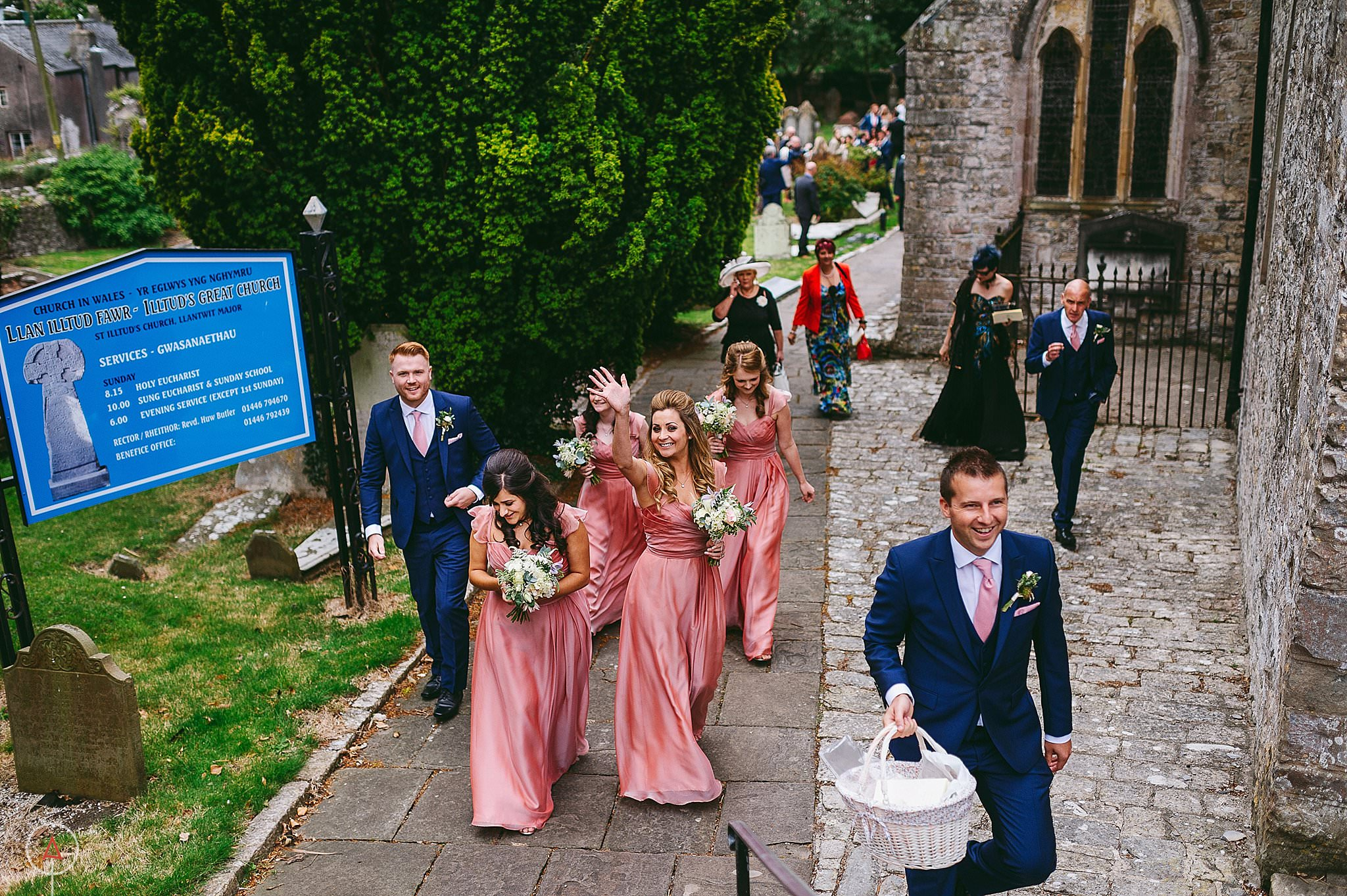 st-donats-llantwit-major-wedding-photography_0040