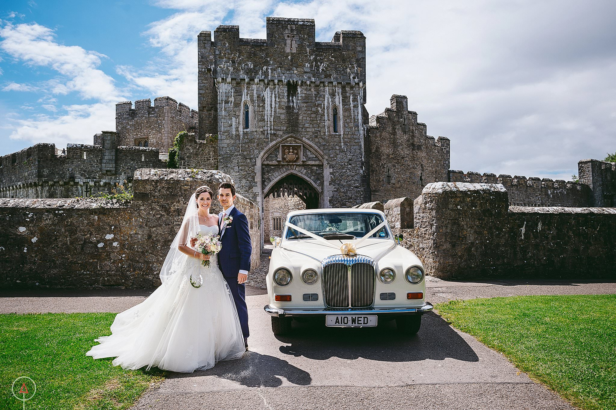 st-donats-llantwit-major-wedding-photography_0044