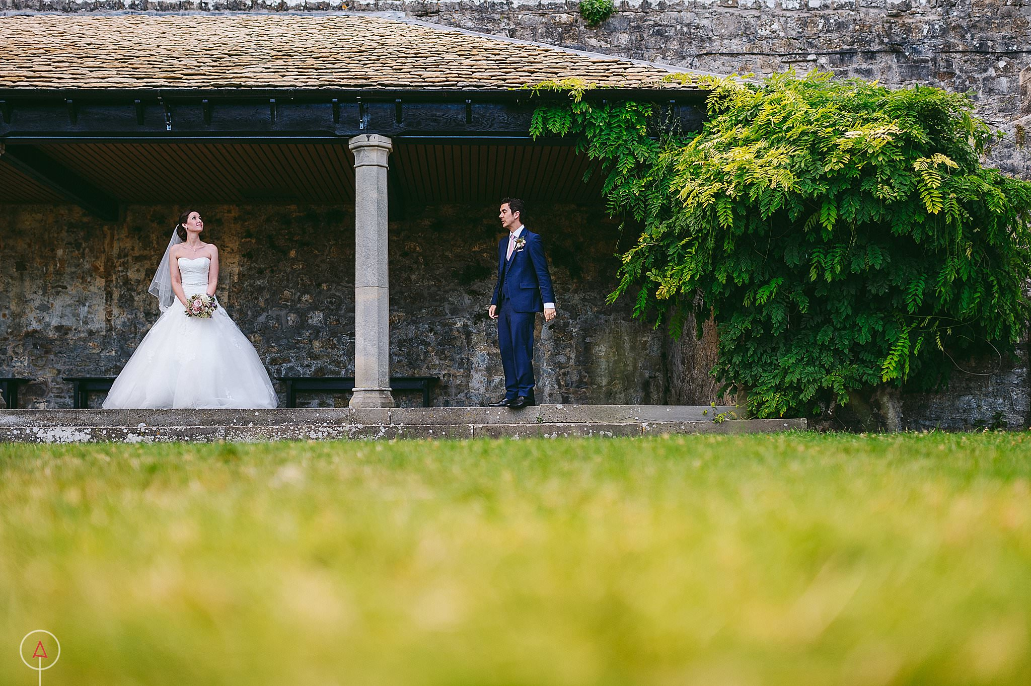 st-donats-llantwit-major-wedding-photography_0105