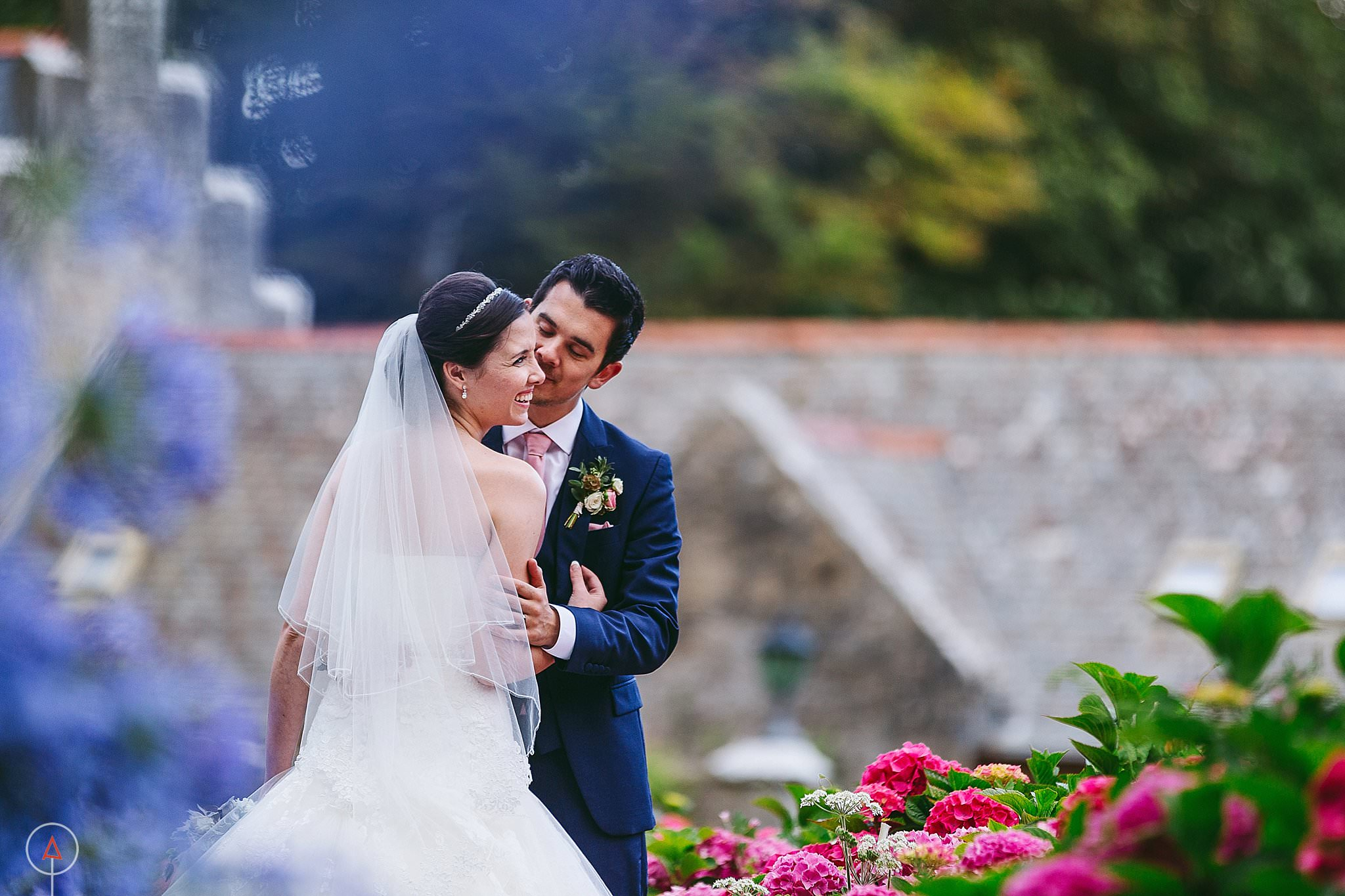 st-donats-llantwit-major-wedding-photography_0107