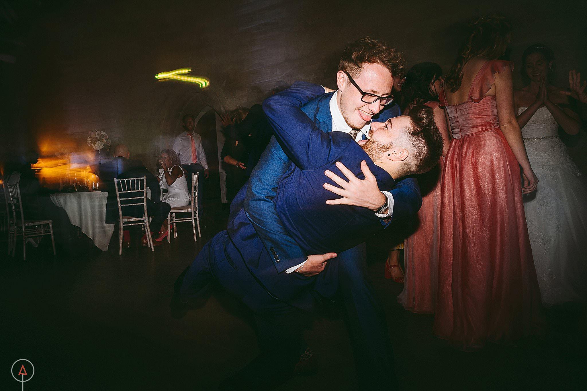 st-donats-llantwit-major-wedding-photography_0125